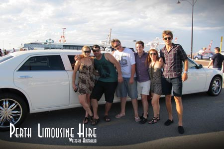 perth chrysler limousines