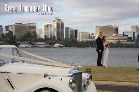 classic wedding car photo in south perth